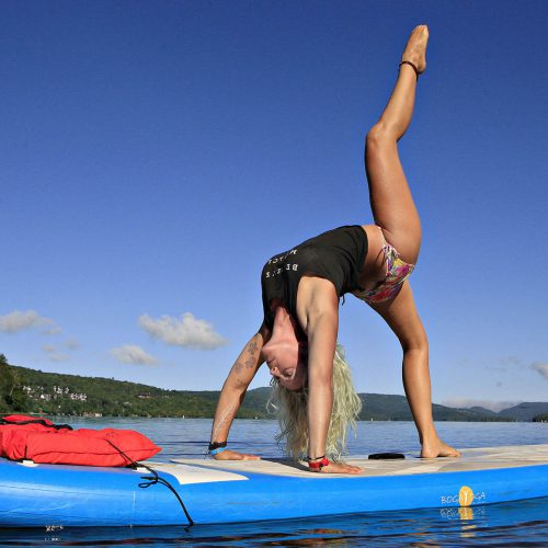 festival wunderlust du 18-23 Aout, Sarah Tiefenthaler enseignante de yoga