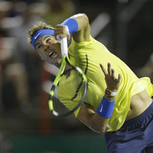 Raphael Nadal grimace en plein match