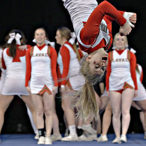 cheerleading la tête en bas