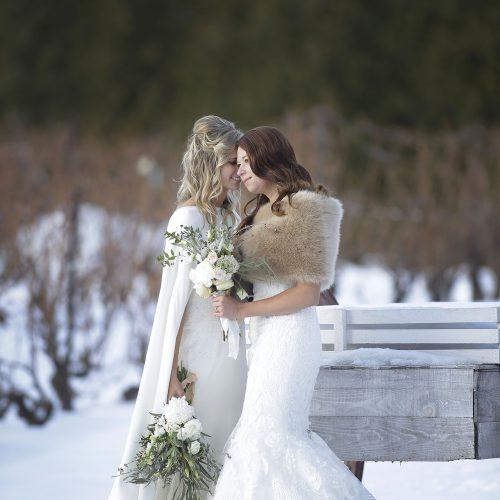 mariage entre 2 femmes lesbiennes l'hiver
