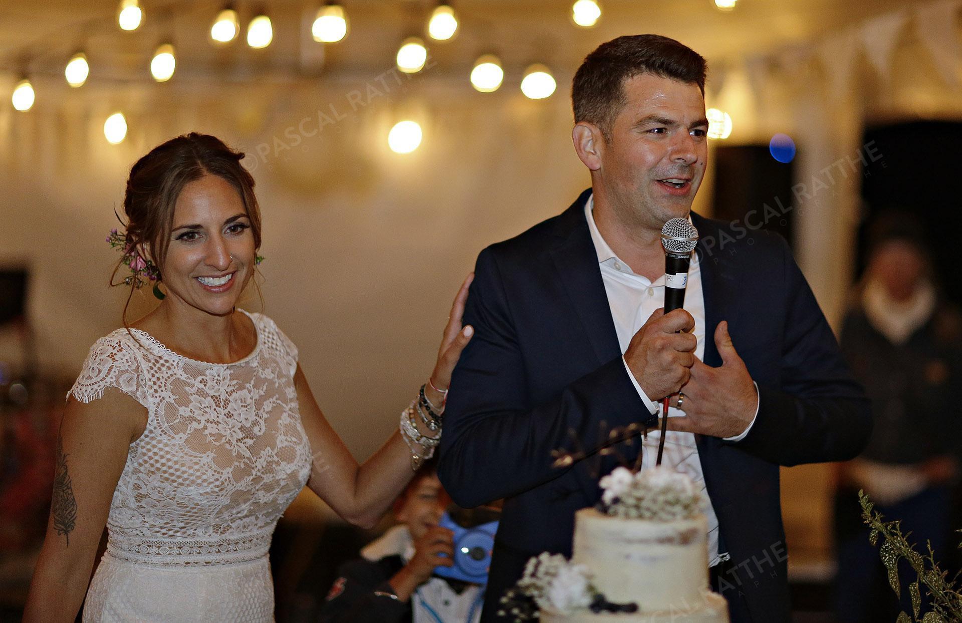 remerciement des mariés envers les invités, moment très émotif