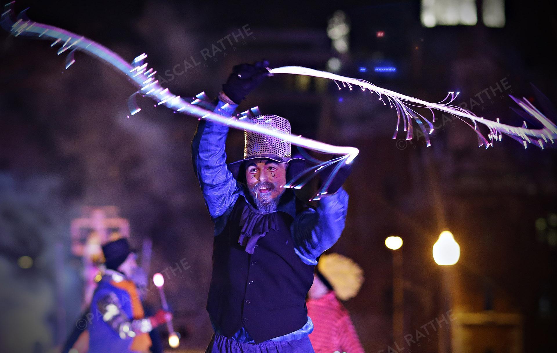 le défilé du Carnaval 2020 à Québec un artiste faisant partie du spectacle